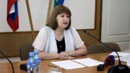 Министр образования и науки республики Нина Емузова