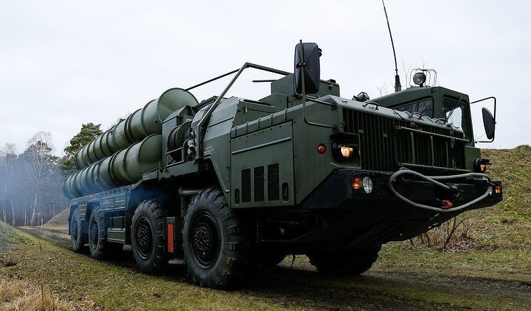 """Зенитный ракетный комплекс С-400 """"Триумф"""" © Виталий Невар/ТАСС"""