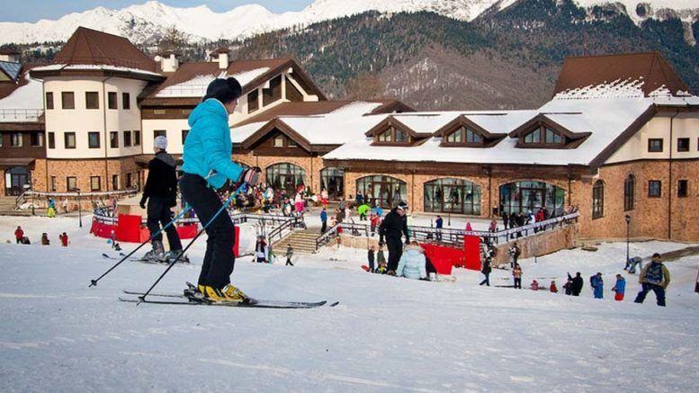 Два горнолыжных курорта Сочи вошли в десятку самых посещаемых в России