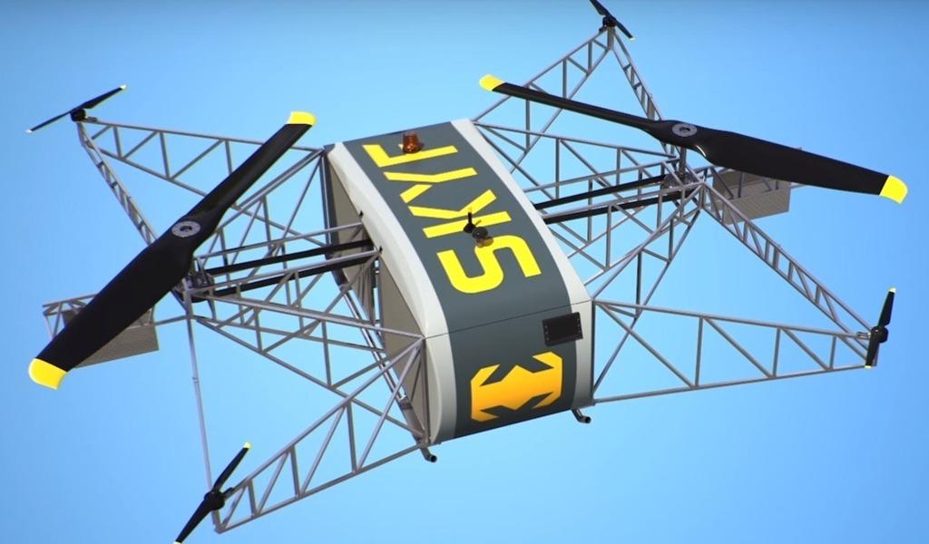 Грузовой дрон Skyf способен развивать скорость до 70 км в час, преодолевая до 350 км с грузом около 50 кг. За это западные журналисты прозвали его «русским Халком».