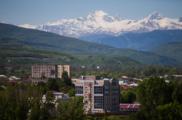 Военнослужащие РФ и югоосетинская общественность почтили память павших защитников Цхинвала