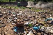 Все нелегальные навалы мусора в Подмосковье уберут к концу августа