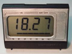 «Электроника 16/8» — электронные часы с LCD-дисплеем, одни из первых, 1980 год. (Фото: Сергей Фролов / leningrad.su)