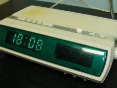 «Электроника 25» — радиоприемник с электронными часами, 1984 год. (Фото: Сергей Фролов / leningrad.su)