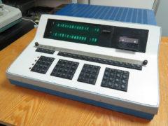 «Электроника С50» — программируемый компьютер-калькулятор, программы хранились на магнитофонных кассетах, 1977 год. (Фото: Сергей Фролов / leningrad.su)