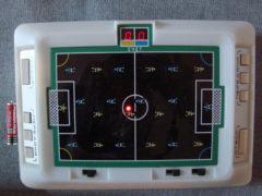 «Футбол» — настольная игра. (Фото: Сергей Фролов / leningrad.su)