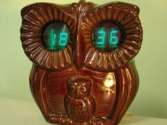 «Сова» — настенные электронные часы с будильником. 1987 год. Цена – 34 руб. (Фото: Сергей Фролов / leningrad.su)